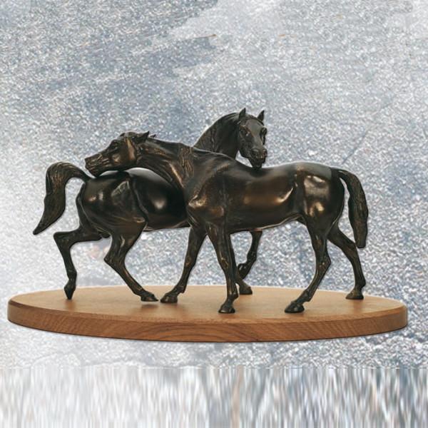 Figur Pferde Paar Rösser Trophäe
