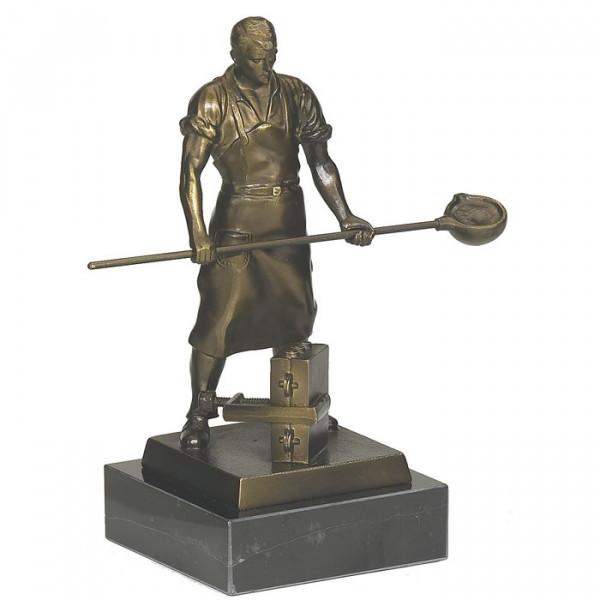 Ehren Figur Giesser Metall Giesserei Handwerkstrophäe