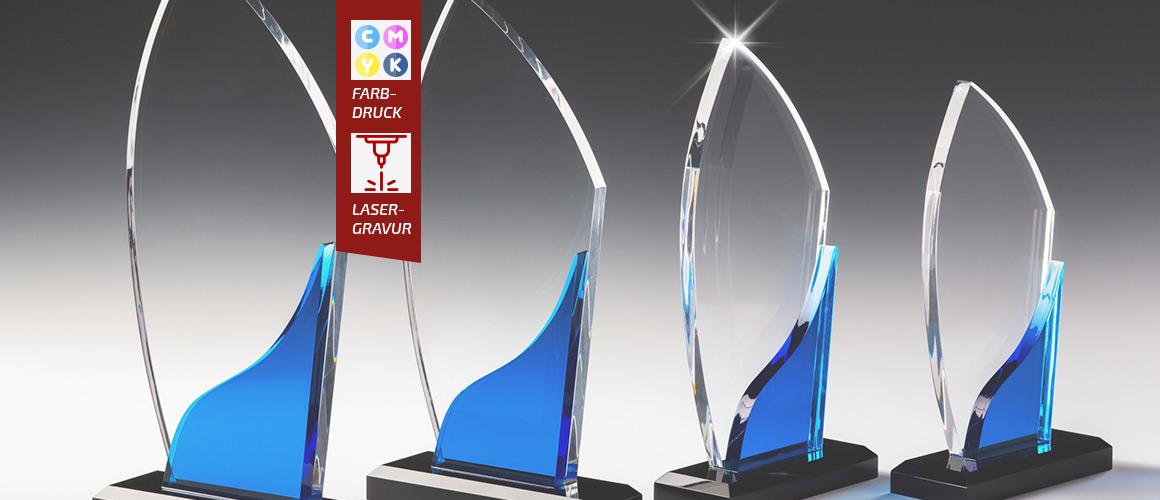 Acrylglaspokale-mit-Gravur