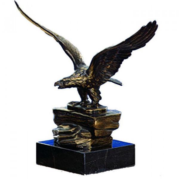 Aufwendige Auszeichnung Siegesadler Sportehrung