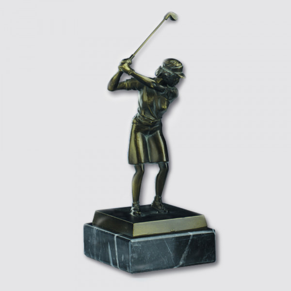 Sportfigur Golf Damen mit Rock