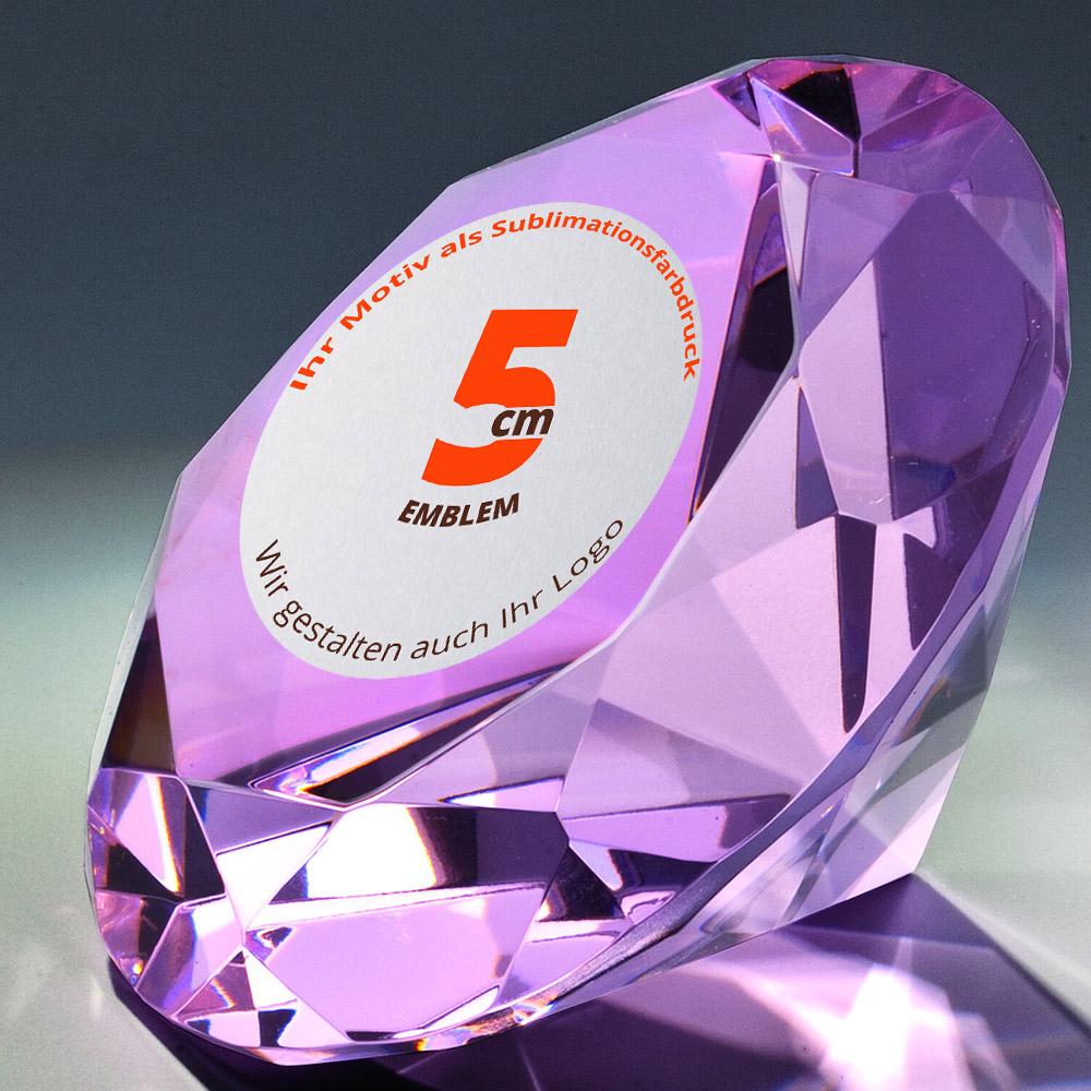 Diamant-lila-mit-farbiger-Plakette