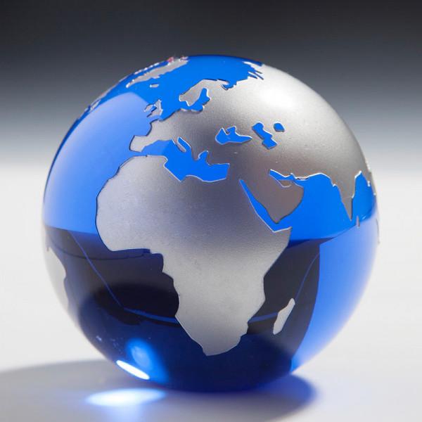 Kristallglas Weltkugel blau