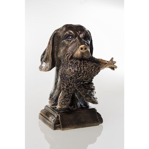 Jagdtrophäe Hund mit Beute
