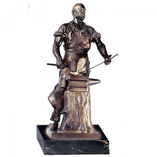 Edle Figur Schmied Handwerksauszeichnung Ehrenpreis Pokal