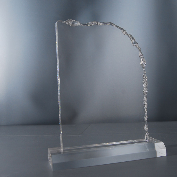 "Acrylglas Award ""Cracked Edge"""