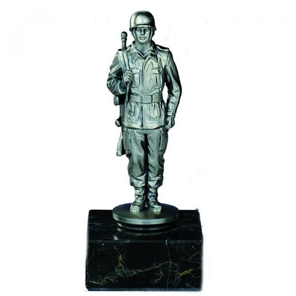 Figur Soldat Edle Silberoptik Ehrung Veteran Trophäe