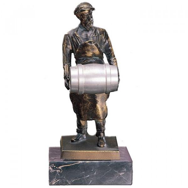 Hochwertige Metall Figur Bierträger Braukunst Ehrung